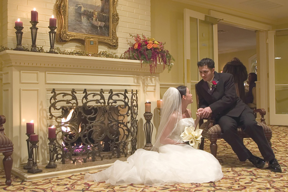 bride-groom-fireplace