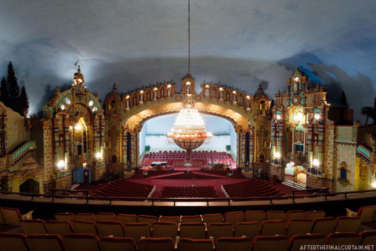 Loew's Jersey City Theatre - Frungillo Caterers