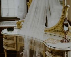 000-nj-castle-wedding-venue-veil-mirror