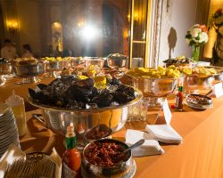 016frungillo-gourmet-cusine-catering-station-mussles-seafood