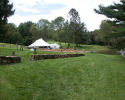 035-tent-wedding-reception-by-pond