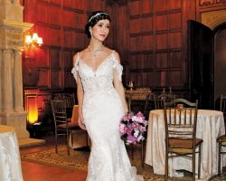 21-bride-in-wedding-dress-in-ornate-ballroom