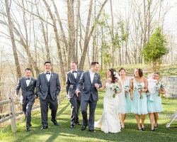 inn-wedding-bridal-party-couple-outdoor-rustic