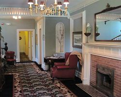 the-debary-inn-fireplace-meeeting-wedding-sitting-room