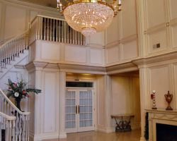 the-falls-chandelier-grand-entrance-wedding
