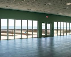 windowed-ballroom-wedding-reception-space